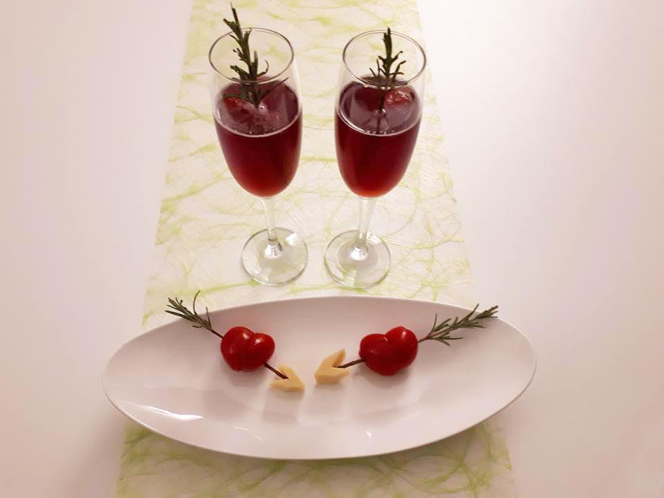 Alcoholvrij aperitief 'True love' met Valentijnshapje
